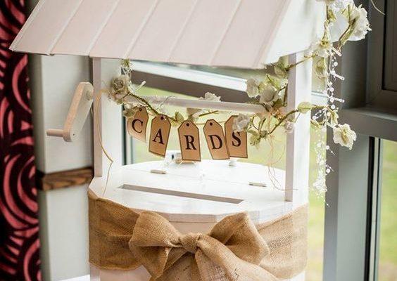 Quand la mode du DIY s'invite dans les urnes de mariage
